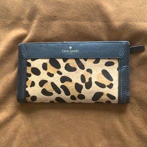 Kate Spade leather wallet Beautiful/ like new